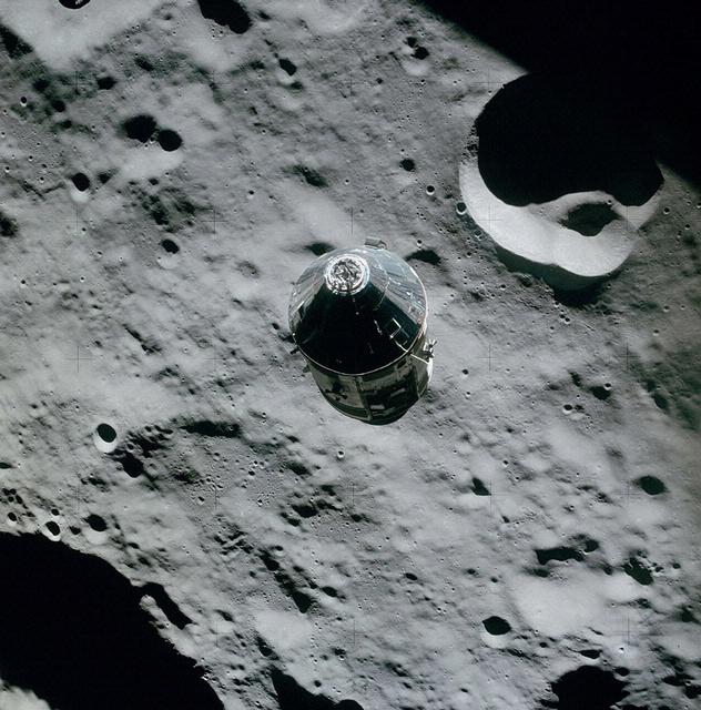 The Command Service Module Casper in orbit around the Moon. Image credit: NASA