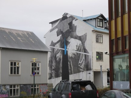 iceland-street-art-tie