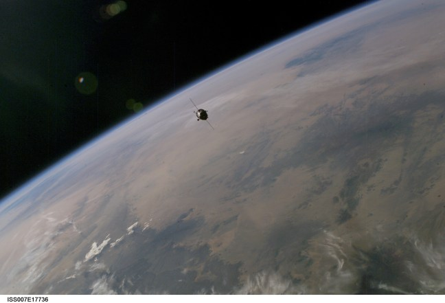 Soyuz TMA 3 spacecraft carrying Foale to the ISS