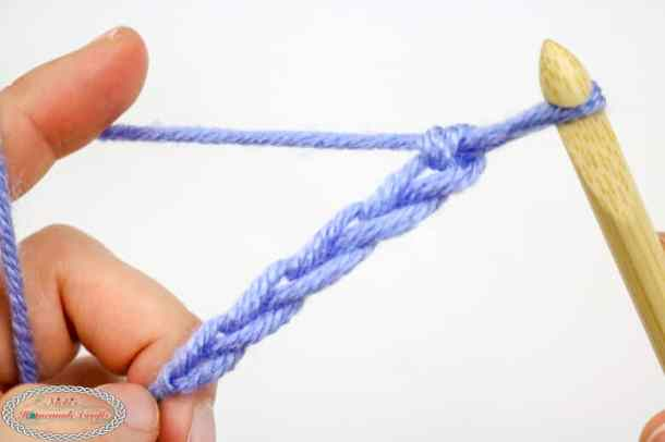 chain with 5 chains with crochet hook