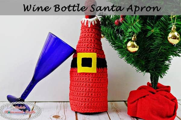 Wine Bottle Santa Apron - Free Crochet Pattern by Nicki's Homemade Crafts #crochet #christmas #freecrochetpattern #santa #winebottle