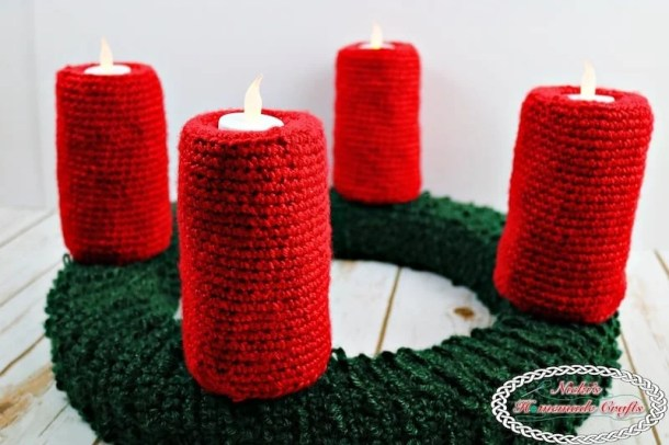 Advent Wreath for Christmas Free Crochet Pattern by Nicki's Homemade Crafts This traditional Advent Wreath is perfect for the Christmas Time. One candle is lit every Sunday before Christmas. #Crochet #advent #wreath #crochetpattern #free #christmas