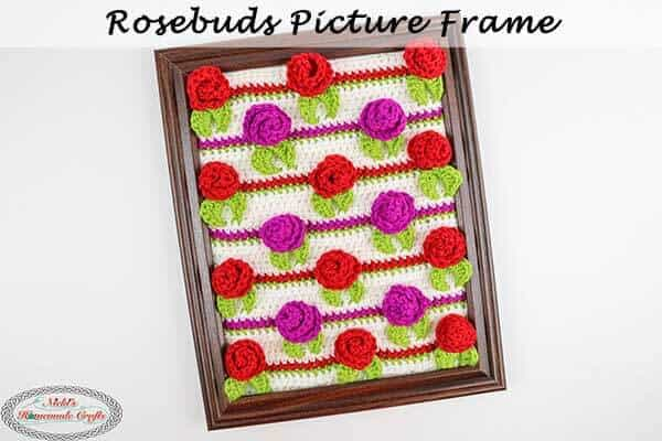 Rosebuds Crochet Picture Frame – Free Pattern