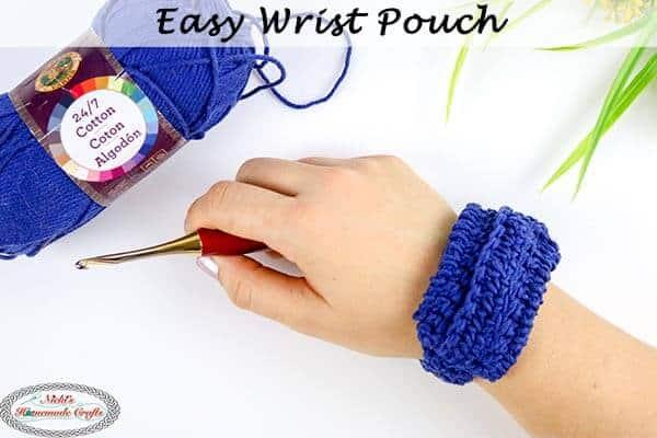 Free Easy Wrist Pouch Crochet Pattern