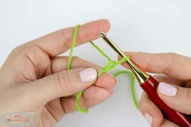 crocheting one chain