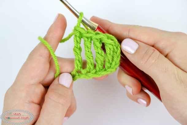 Row of Double Treble Crochet stitches