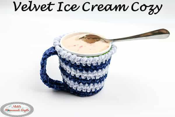 Velvet Ice Cream Cozy - free pattern