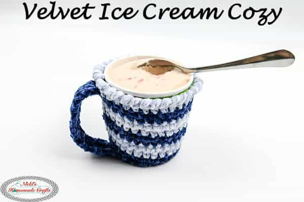 Velvet Ice Cream Cozy - free pattern