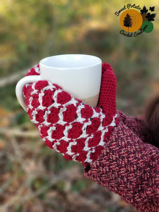 Amara Fingerless Gloves - Countdown to Valentine's Day Crochet Pattern