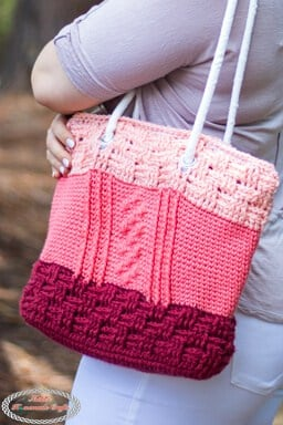 Free Crochet Along Bobble Basketweave Bag
