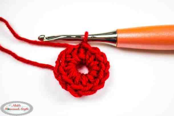 Crocheting the Alternative Magic Ring