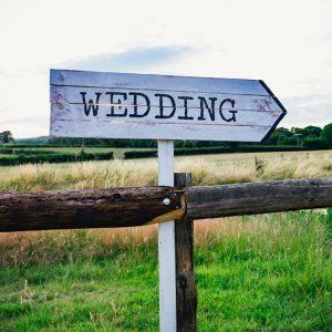 Wedding business small vs big