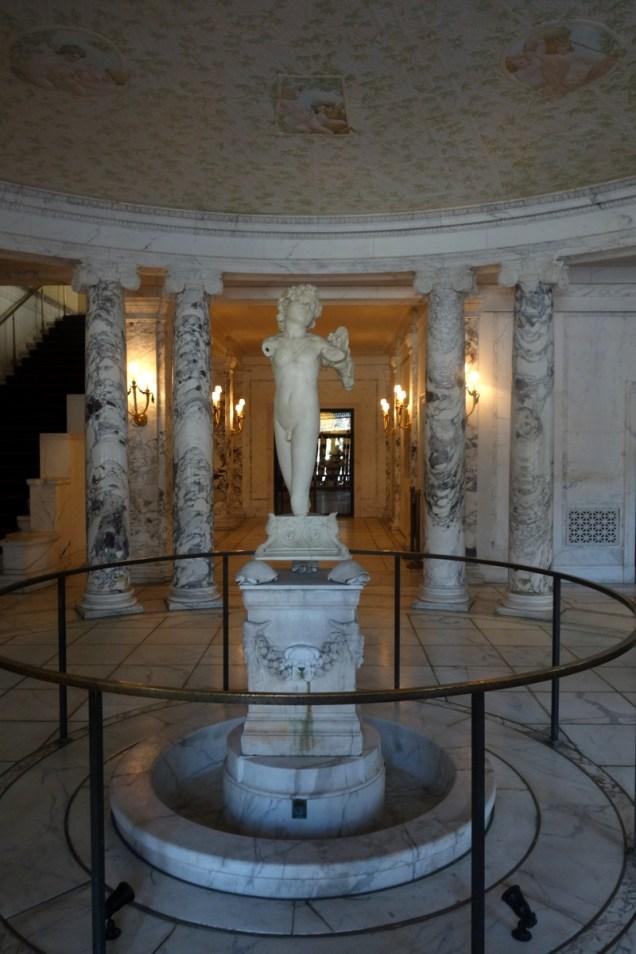 consulate statue