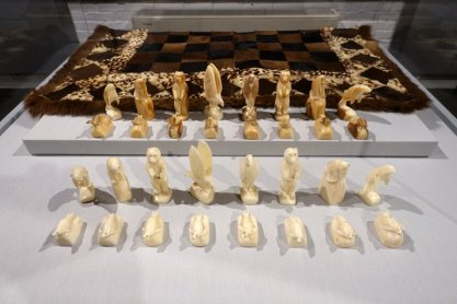 Alaskan Inuit Chessboard, 1900, with Inuit Walrus Ivory Set, 1940