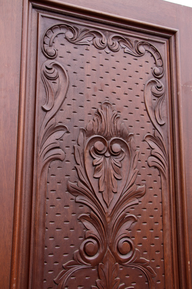 Carved Exterior Single Doors Mahogany CL51