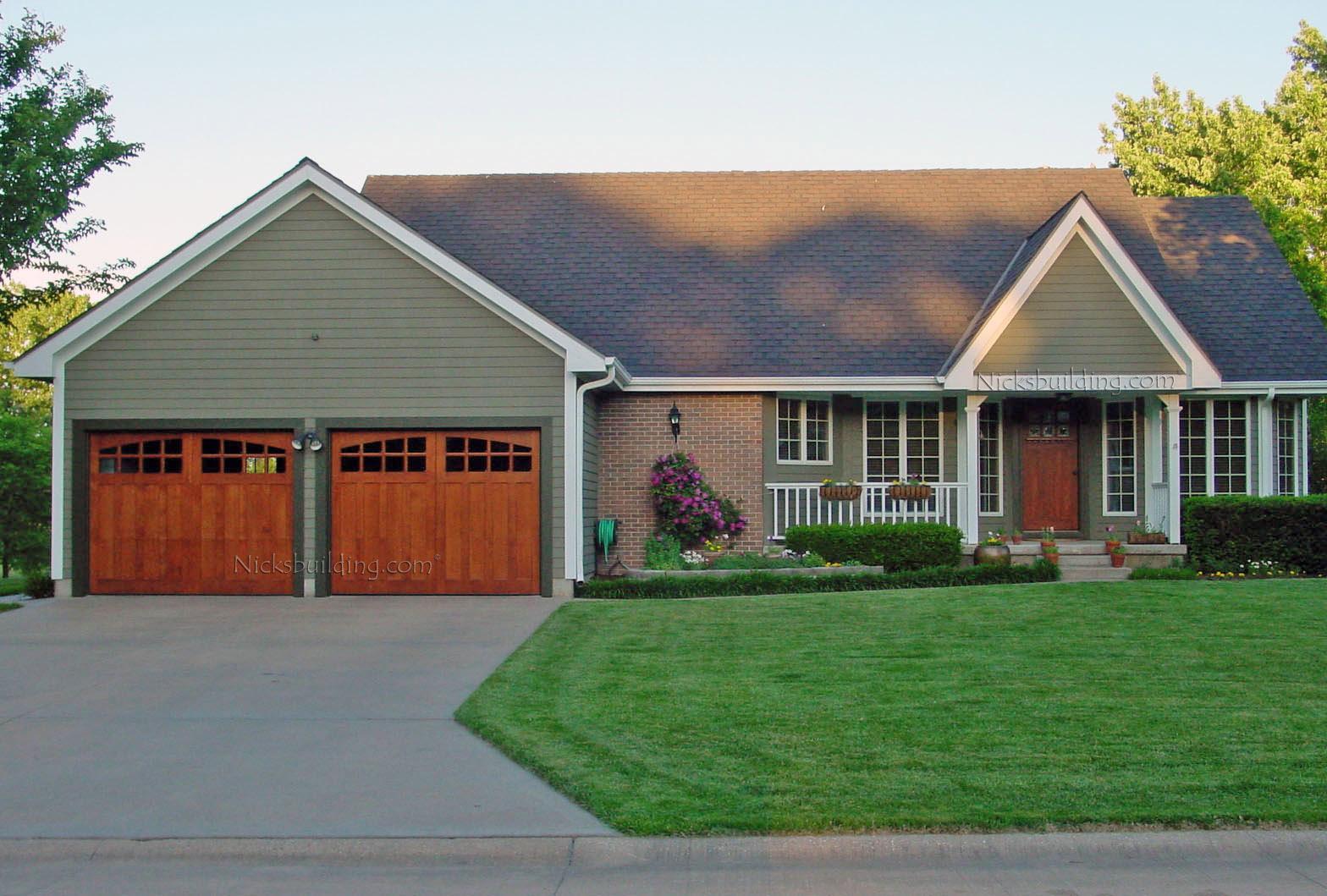 11 Artistic Craftsman Garages  Home Plans  Blueprints