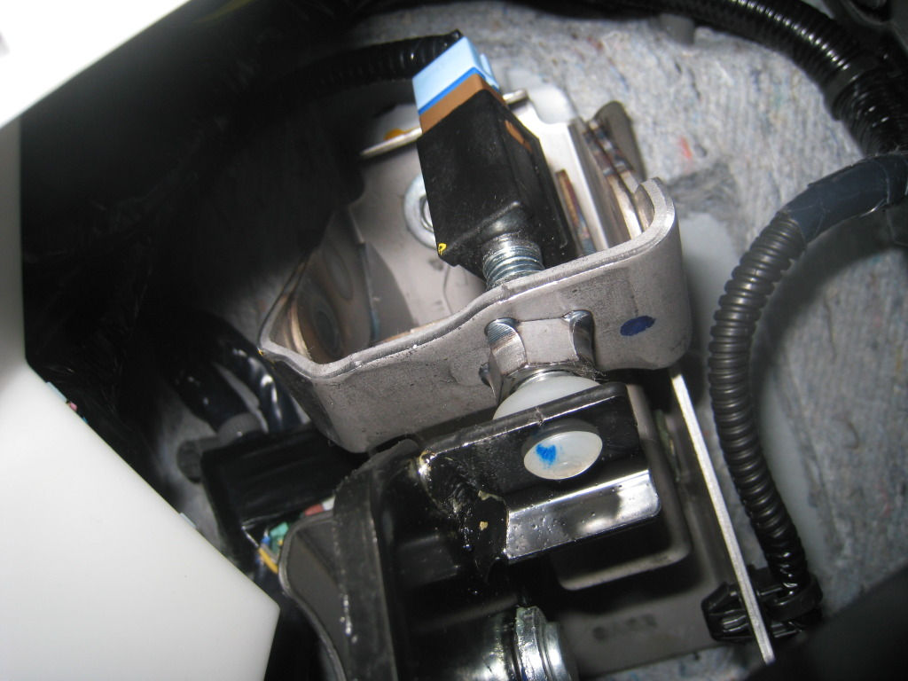2002 Ford Mustang Fuse Diagram How To Lower Clutch Pedal Engagement In A Infiniti G37 Or