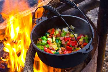Cooking a chilli on the camp fire