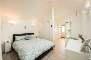 ThThe Beach Retreat in Milford on Sea