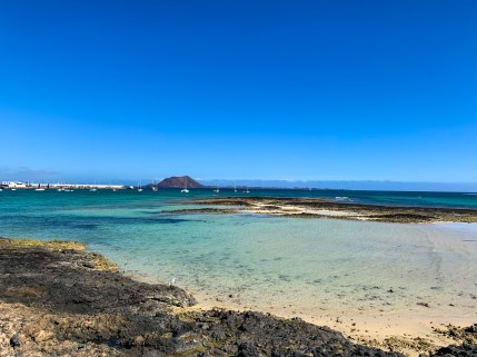 Playa Hoplaco, view of the beach in Corralejo, Fuerteventura