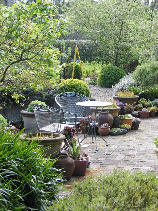 Lathouris Garden (Sydney)