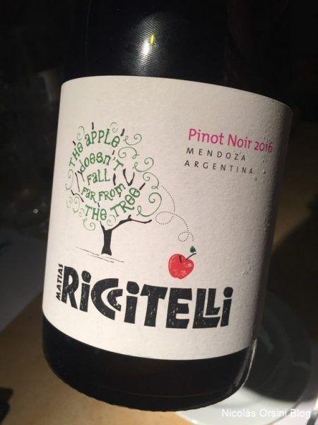 Apple Pinot Noir 2016