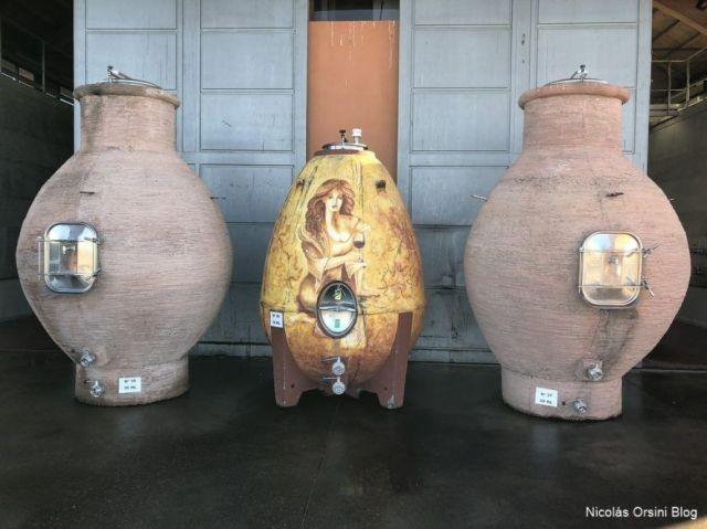 Huevo de concreto en Zorzal Wines