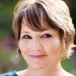 Female Horror Authors – Amanda Stevens