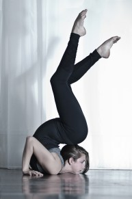 NicoleWinterContortion02