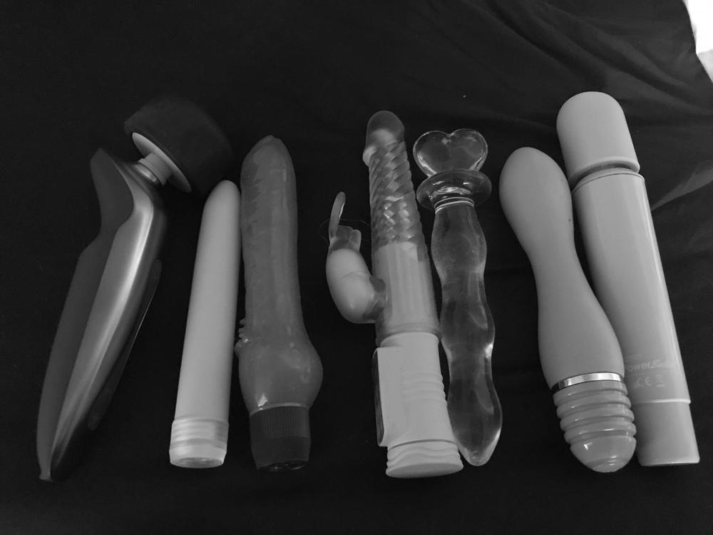 Sex Toy Show And Fuck