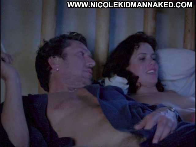 Ione Skye Mascara Bed Sex Doll Celebrity Posing Hot Cute Sexy Actress