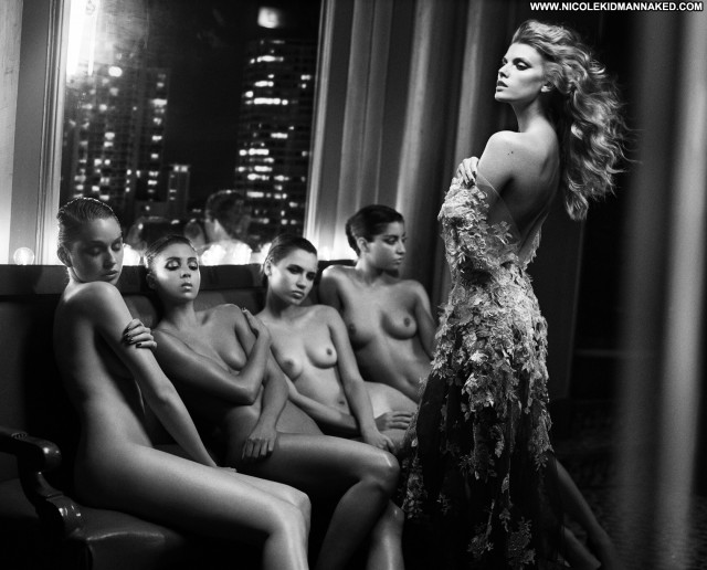 Maryna Linchuk Vogue Russia Dec 2013 Posing Hot Celebrity