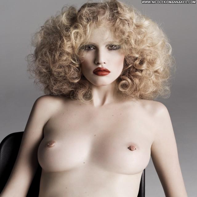 Lara Stone Purple Magazine S S Celebrity Posing Hot Babe Hot Female