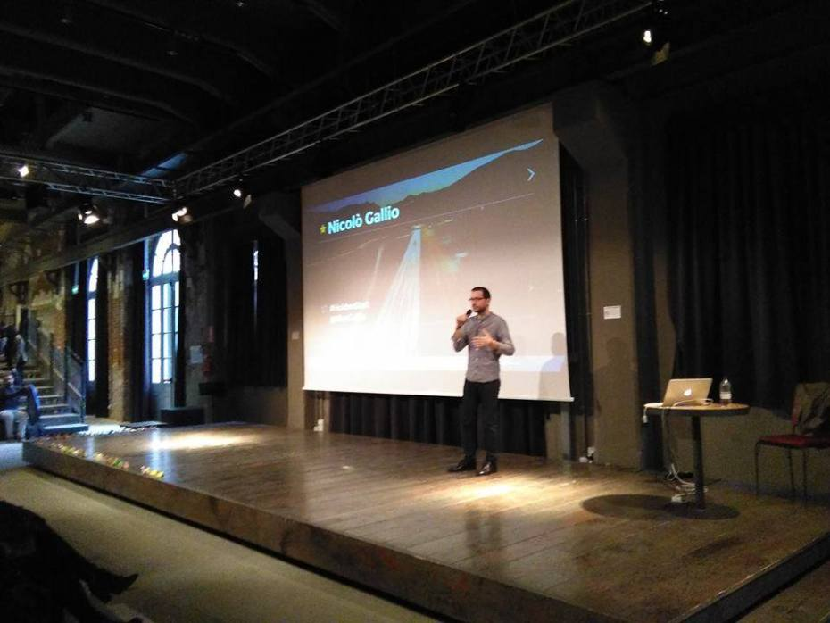 On stage, introducing Audience Design. Photo courtesy of Scuola Holden.