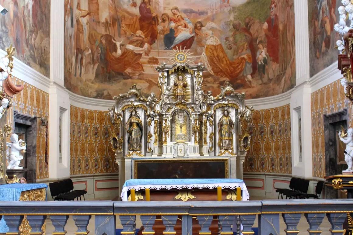 "St. Joseph's kerk-klooster-gruessau-reizen-tips-low-siesta-reizen-tips-polen-interieur-kapellen ""width ="" 1200 ""height ="" 800 ""data-wp-pid ="" 10223 ""srcset ="" https: // www. nicolos-reiseblog.de/wp-content/uploads/2019/04/St-Josephs-Kirche-kloster-gruessau-reisetipps-niederschlesien-reisetipps-polen-innen-kapellen.jpg 1200w, https: //www.nicolos-reiseblog .de / wp-content / uploads / 2019/04 / St. Joseph's Church Klooster-gruessau-reistips-low-siesta-reistips-polen-interieur-kapel-300x200.jpg 300w, https: //www.nicolos-reiseblog. DE / wp-content / uploads / 2019/04 / St-Josephs-Kirche-monastery-gruessau-travel-tips-niederschlesien-travel-tips-poland-interior-chapels-1024x683.jpg 1024w, https://www.nicolos-reiseblog.de /wp-content/uploads/2019/04/St-Josephs-Kirche-kloster-gruessau-reisetipps-niederschlesien-reisetipps-polen-innen-kapellen-50x33.jpg 50w, https://www.nicolos-reiseblog.de/ wp-content / uploads / 2019/04 / St. Joseph's Church-klooster-gruessau-travel-tips-low-siesta-reistips-polen-interieur-kapel-800x533.jpg 800w "" sizes = ""(max-width: 1200px) 100vw, 1200px"" /></p data-recalc-dims="