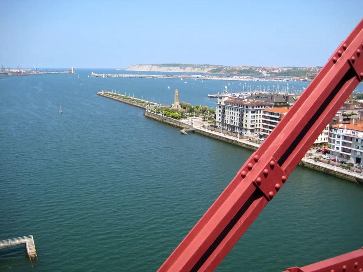 """Wat-moet-zien-Bilbao-Bizkaia-bridge-outlook """"width ="""" 1200 """"height ="""" 900 """"data-wp-pid ="""" 11114 """"srcset ="""" https://www.nicolos-reiseblog.de/ wp-content / uploads / 2019/08 / Wat te zien-Bilbao-Bizkaia-bridge-lookout.jpg 1200w, https://www.nicolos-reiseblog.de/wp-content/uploads/2019/08 /What-must-man-see-Bilbao-Bizkaia-Bruecke-ausblick-300x225.jpg 300w, https://www.nicolos-reiseblog.de/wp-content/uploads/2019/08/Was-muss-man- see-Bilbao-Bizkaia-bridge-outlook-1024x768.jpg 1024w, https://www.nicolos-reiseblog.de/wp-content/uploads/2019/08/Was-muss-man-sehen-Bilbao-Bizkaia-Bruecke -outlook-50x38.jpg 50w, https://www.nicolos-reiseblog.de/wp-content/uploads/2019/08/Was-muss-man-sehen-Bilbao-Bizkaia-Bruecke-ausblick-800x600.jpg 800w """"sizes ="""" (max-breedte: 1200px) 100vw, 1200px """"/></p data-recalc-dims="""