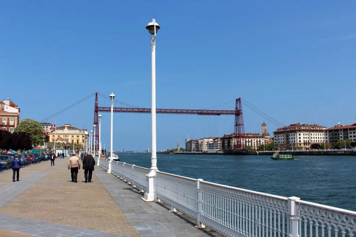 """Wat moet zien Bilbao-Bizkaia Bridge """"width ="""" 1200 """"height ="""" 800 """"data-wp-pid ="""" 11112 """"srcset ="""" https://www.nicolos-reiseblog.de/wp- content / uploads / 2019/08 / Wat moet je zien Bilbao-Bizkaia-Bruecke.jpg 1200w, https://www.nicolos-reiseblog.de/wp-content/uploads/2019/08/Was-muss -man-see-Bilbao-Bizkaia-Bridge-300x200.jpg 300w, https://www.nicolos-reiseblog.de/wp-content/uploads/2019/08/Was-muss-man-sehen-Bilbao-Bizkaia- Bruecke-1024x683.jpg 1024w, https://www.nicolos-reiseblog.de/wp-content/uploads/2019/08/Was-muss-man-sehen-Bilbao-Bizkaia-Bruecke-50x33.jpg 50w, https: //www.nicolos-reiseblog.de/wp-content/uploads/2019/08/Was-muss-man-sehen-Bilbao-Bizkaia-Bruecke-800x533.jpg 800w """"sizes ="""" (max-width: 1200px) 100vw , 1200px """"/></p data-recalc-dims="""