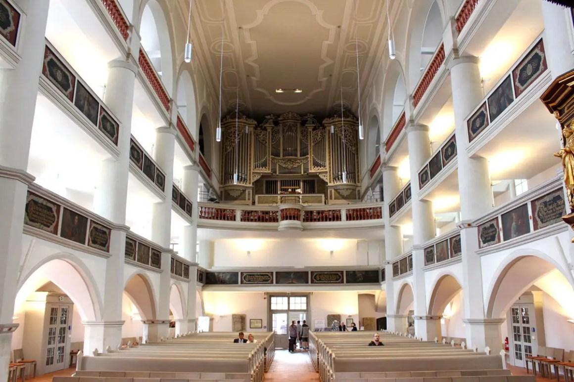georgenkirche-eisenach-kirchenschiff
