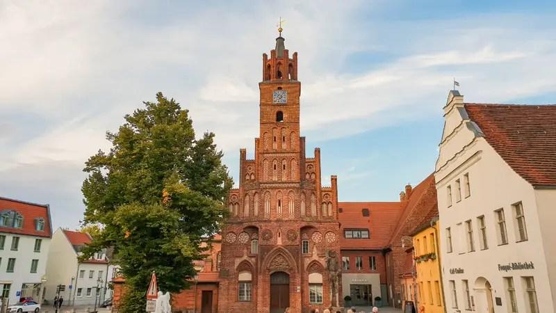 Brandenburg-an-der-Havel-bezienswaardigheden-oude-stad-stadhuis