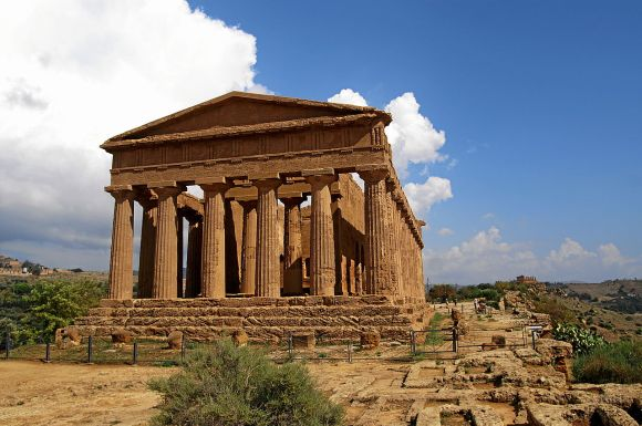 Greek temple Valle dei Templi