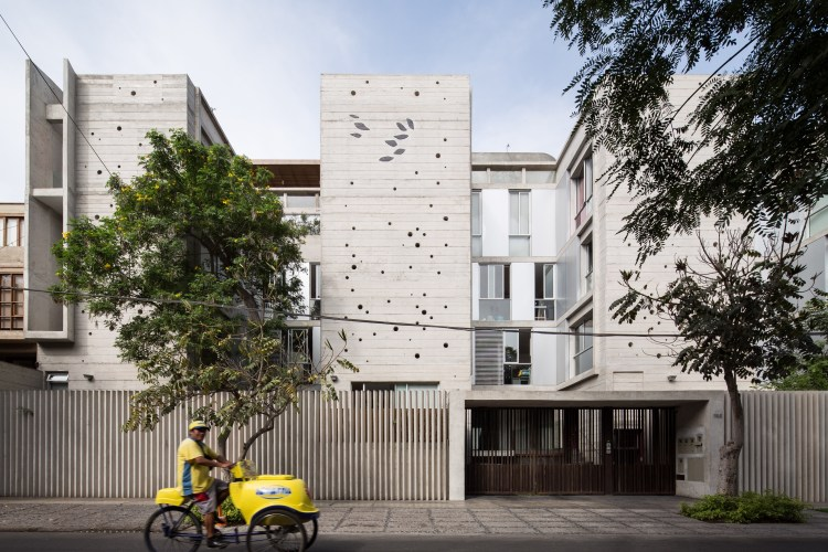Building in Chacarilla by Barclay & Crousse (8)