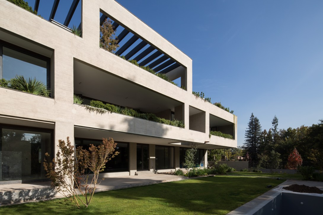 San Jose de la Sierra building by DRAA