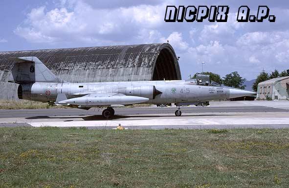F-104 - Italy - Nicpix Aviation Press
