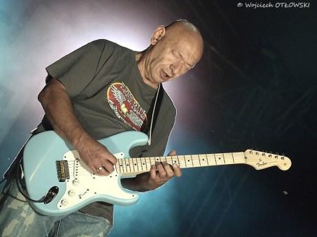 15 VIII 2011 - Suwałki Blues Festiwal (scena główna) - koncert grupy Perfect - gitarzysta Dariusz Kozakiewicz