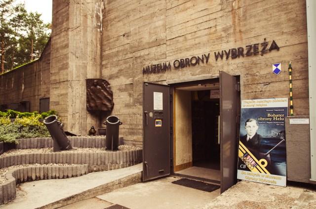Lendam į pozicijos bunkerį-muziejų
