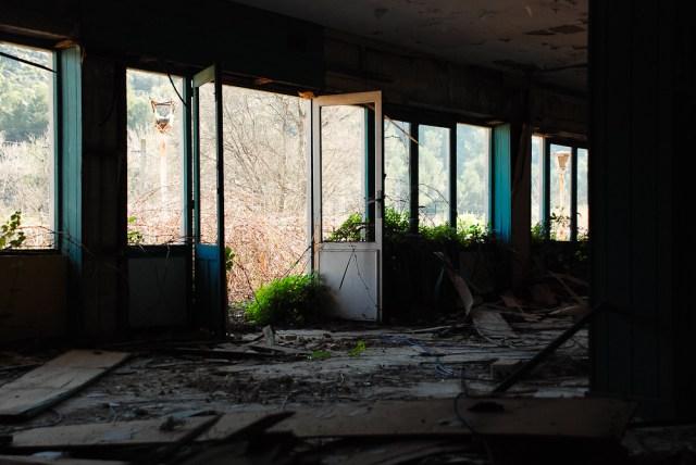 Tušti langai