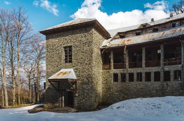 Vila primena viduramžių tvirtovę