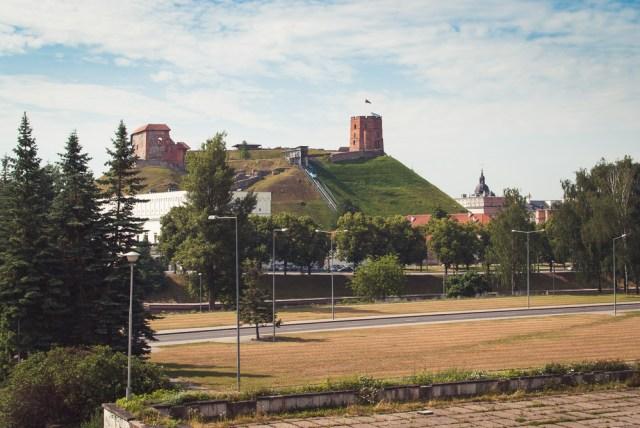 Buvusi stovėjimo aikštelė buvo įrengta dar 1831 m. statytos tvirtovės teritorijoje