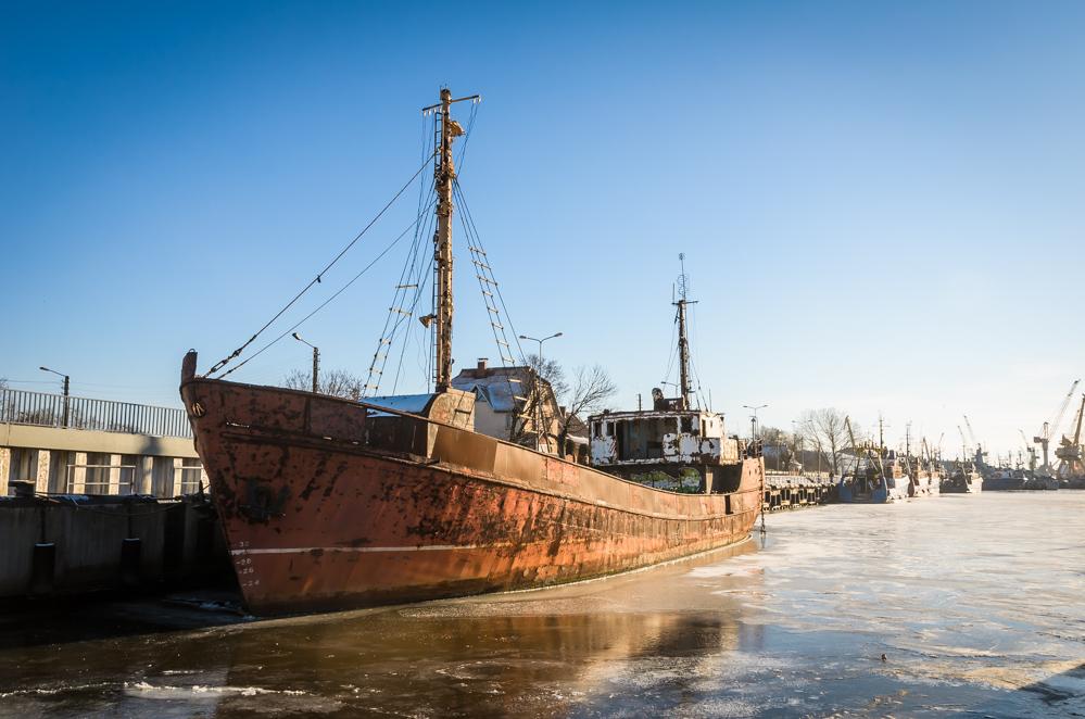 Kolūkio laivas IEVA / Laivų pensionatu virstantis žvejų uostelis