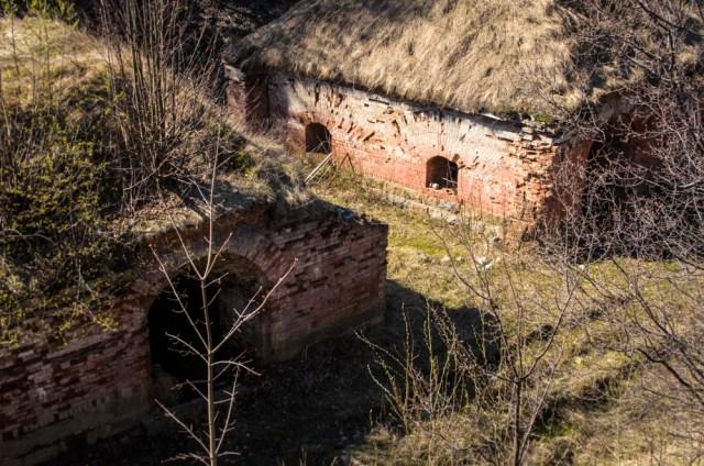 Užnugario kaponierius - buvę vartai į fortą